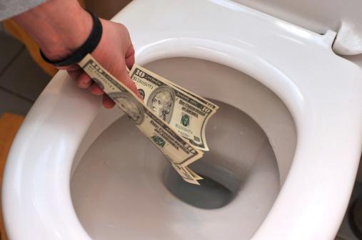 https://www.leadtributor.com/wp-content/uploads/Bild-Blog-rausgeschmissenes-Geld.jpg