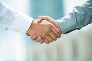 Zusammenarbeit mit Vertriebspartnern
